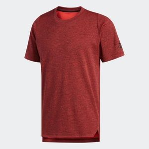Like New! Men's Adidas Axis Red T shirt sm…